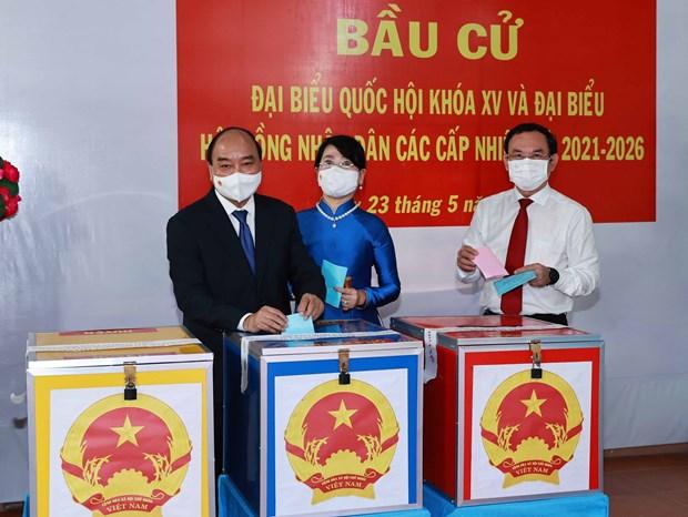15es legislatives: le president Nguyen Xuan Phuc aux urnes a Ho Chi Minh-Ville hinh anh 1
