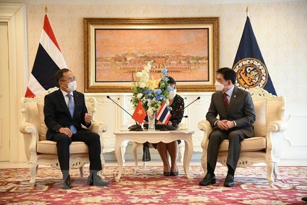 Les relations economiques Vietnam-Thailande sont florissantes hinh anh 1