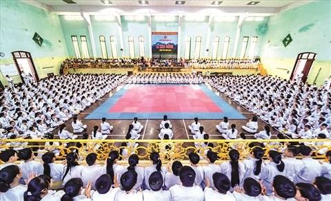 Le dojo Nghia Dung Karate-Do a Hue, une veritable ecole de vie hinh anh 1