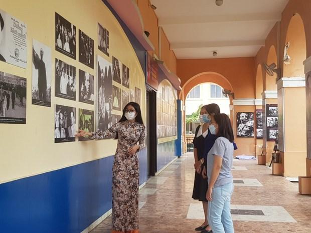 Du port de la Maison du Dragon au musee Ho Chi Minh hinh anh 2