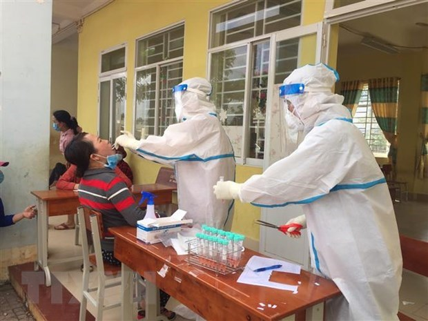 COVID-19 : 239 nouvelles infections locales confirmes ce matin hinh anh 1