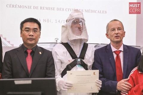 Covid-19 : l'Agence universitaire de la Francophonie solidaire du Vietnam hinh anh 1