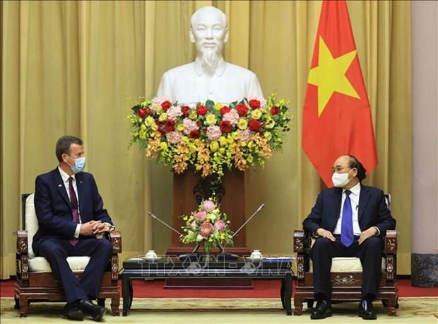 Le president Nguyen Xuan Phuc recoit le ministre australien du Commerce, du Tourisme et de l'Investissement hinh anh 1