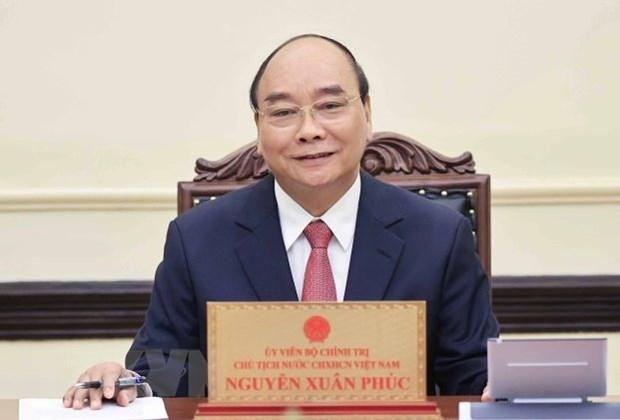 Le president Nguyen Xuan Phuc s'entretiendra par telephone avec son homologue indonesien hinh anh 1