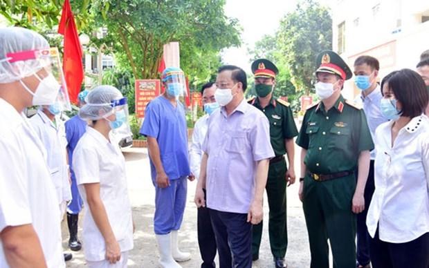 COVID-19 : Hanoi arrete toutes les activites commerciales et de services non essentiels hinh anh 2