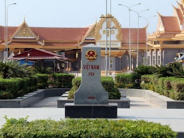 Le Vietnam et le Cambodge discutent des questions frontalieres terrestres hinh anh 1