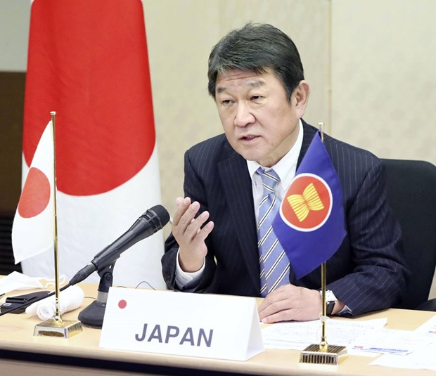 Le Japon et l'ASEAN s'accordent sur l'importance de la libre navigation en Mer Orientale hinh anh 1