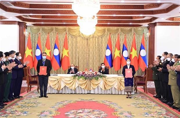 Le president vietnamien s'entretient avec son homologue lao a Vientiane hinh anh 2
