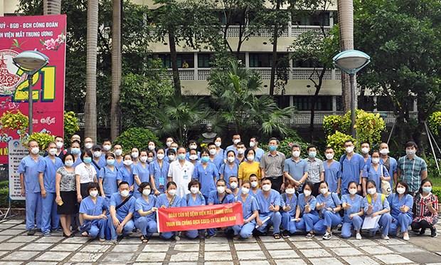COVID-19 : Des professionnels de sante continuent de venir en renfort de Ho Chi Minh-Ville hinh anh 1