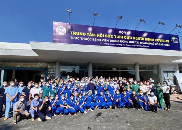 Plus de 13.000 agents de sante viennent en renfort des provinces du Sud hinh anh 1