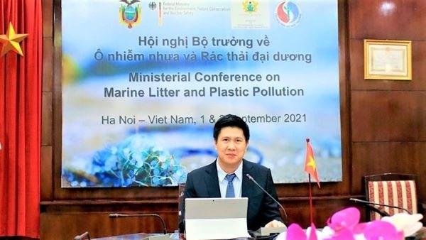 Le Vietnam copreside une conference sur la pollution plastique et les dechets marins a Geneve hinh anh 1