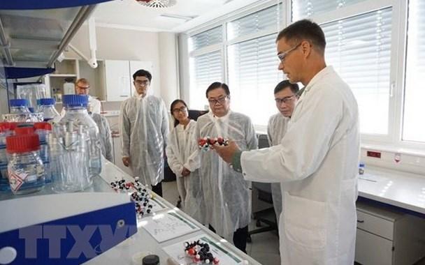 Le MADR et l'autrichien BOKU cooperent sur la recherche en sciences de la vie hinh anh 1