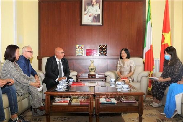 L'Italie est prete a soutenir le Vietnam dans le traitement du COVID-19 hinh anh 2