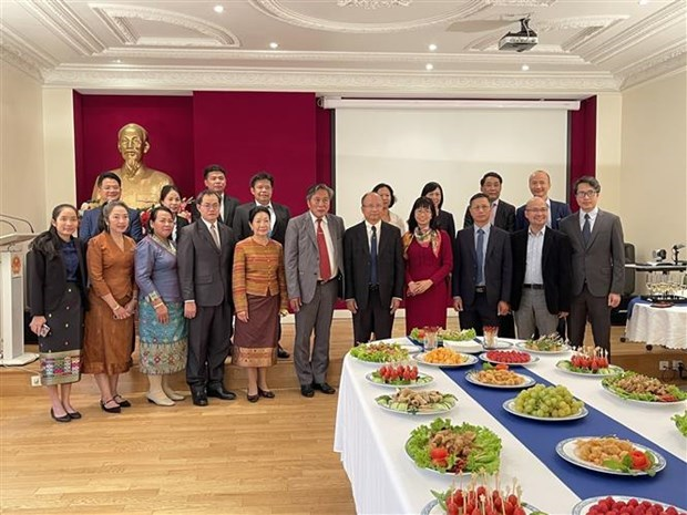 L'Ambassade du Vietnam en France celebre la 76e Fete Nationale hinh anh 1