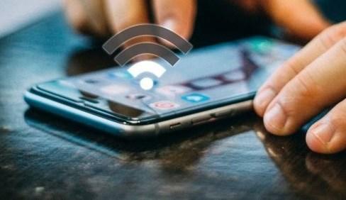 Assurer l'acces a Internet pour favoriser l'apprentissage en ligne hinh anh 1