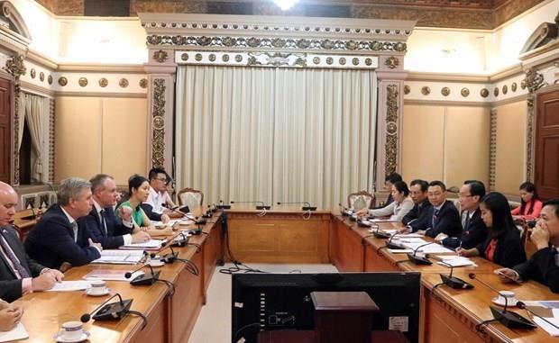Ho Chi Minh-Ville promet de favoriser les investisseurs britanniques hinh anh 1