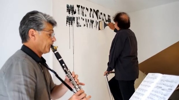 «Je peignais toujours en musique. Je peins maintenant la musique» hinh anh 3