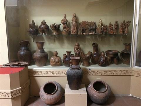 L'artisane Don Thi Hieu, gardienne de l'ame de la ceramique Cham hinh anh 2