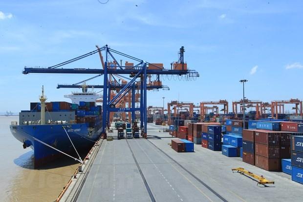 Vietnam : les exportations s'envolent, les importations ralentissent en huit mois hinh anh 1