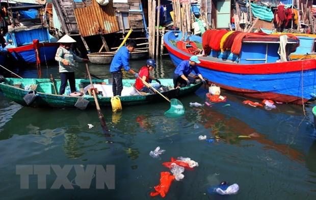 Promouvoir les initiatives communautaires pour reduire les dechets plastiques hinh anh 1