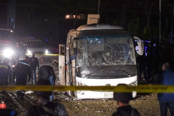Explosion mortelle d'un bus de touristes à Gizeh